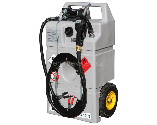 Mobile pumping device for diesel oil with a pump 12 V