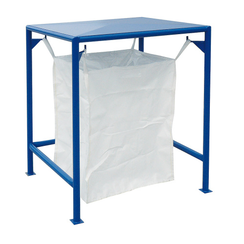 Stand for bulk sacks with roof
